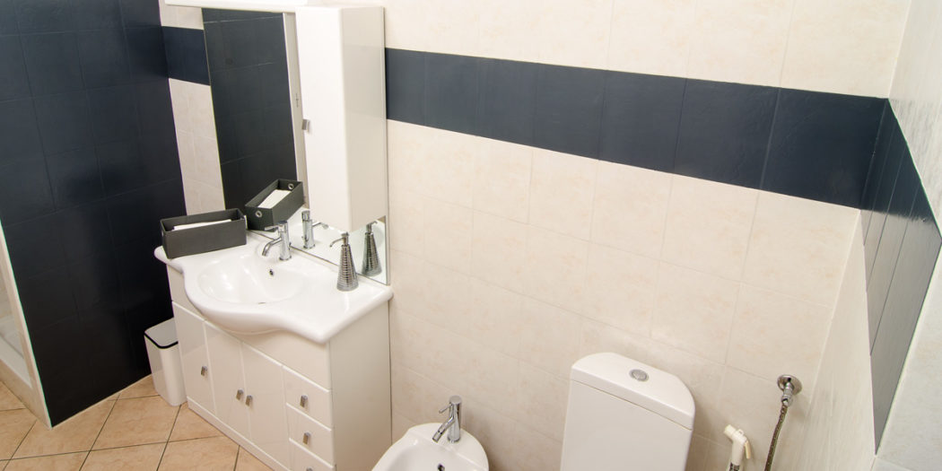 Fai da te costruzioni e riparazioni bricoportale - Smalto per pareti bagno ...