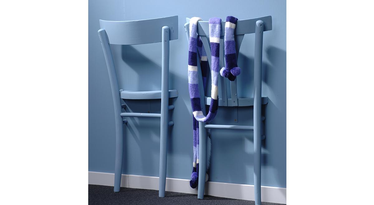 Sedie inglobate al muro bricoportale fai da te e bricolage for Rivestire porte vecchie