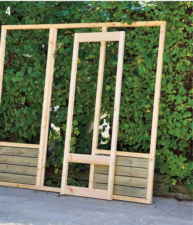 telaio in legno con porta