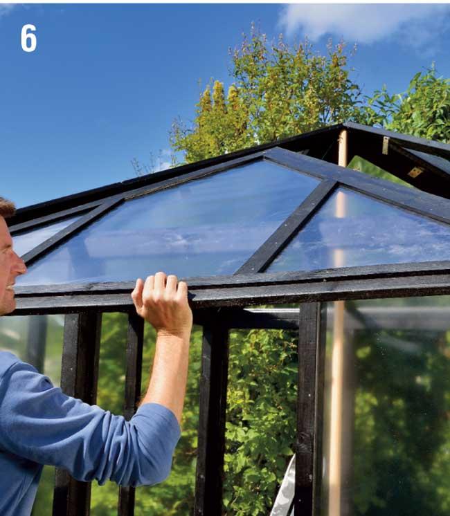 fissaggio finale tetto serra