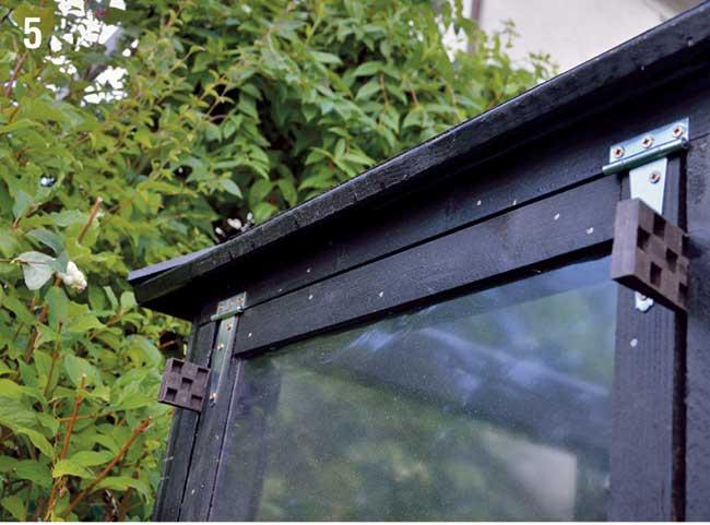 finestra laterale serra