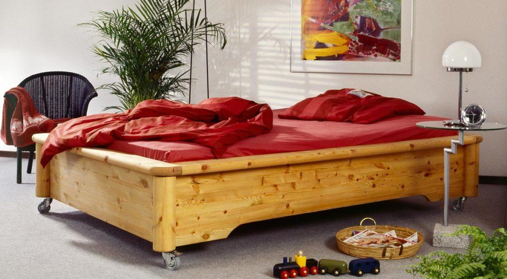 Letto con rotelle fai da te come costruirlo con solido legno bricoportale - Costruire letto contenitore ...