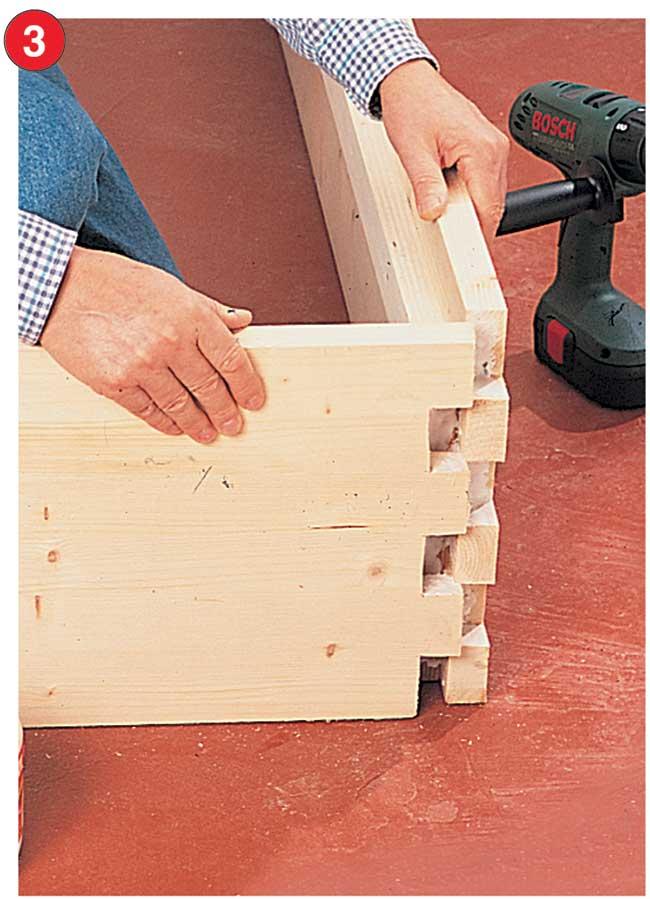 Come costruire un letto contenitore in legno massello for Costruire una tettoia fai da te