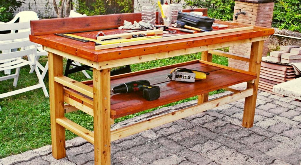 Banco da lavoro fai da te in legno come costruirlo senza for Piani di garage con costi da costruire