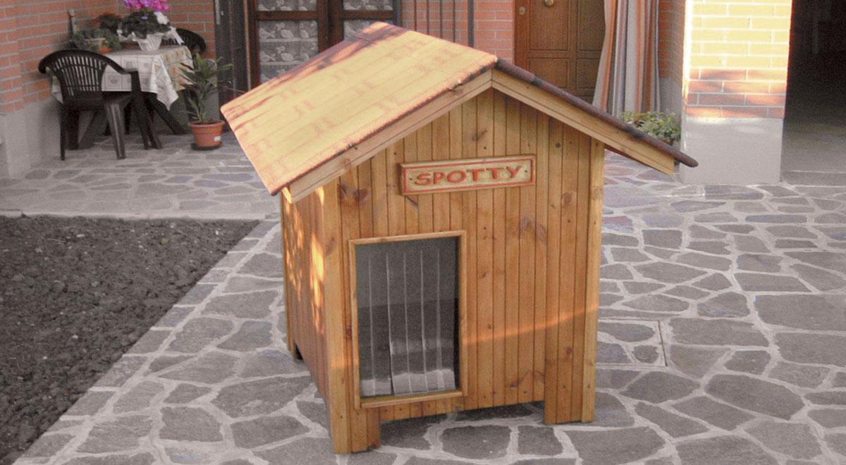 Casetta per cani bricolage come costruirla con scarti di for Casette in legno per cani grandi