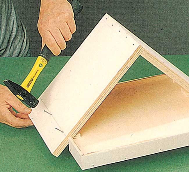 Ben noto Mangiatoia per uccelli fai da te in legno | Come costruirla in  XS67