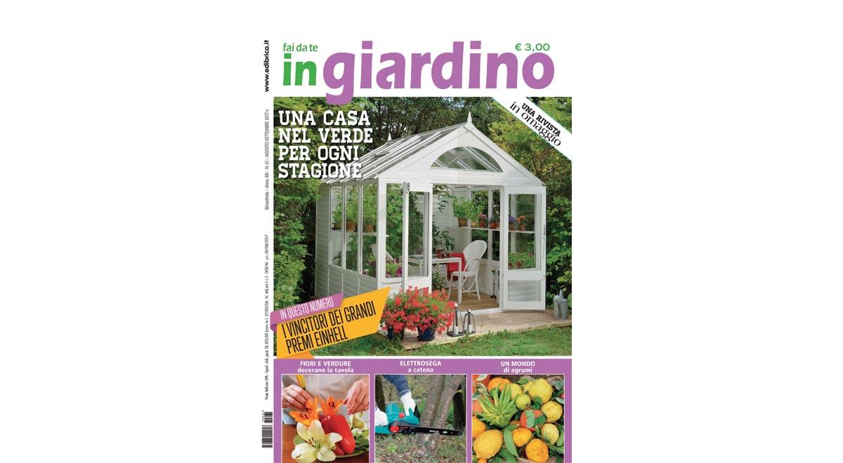 copertina in giardino