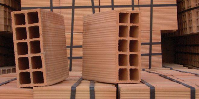 Mattoni forati e mattoni pieni tipologie e utilizzo nei dettagli bricoportale - Cornici finestre in mattoni ...
