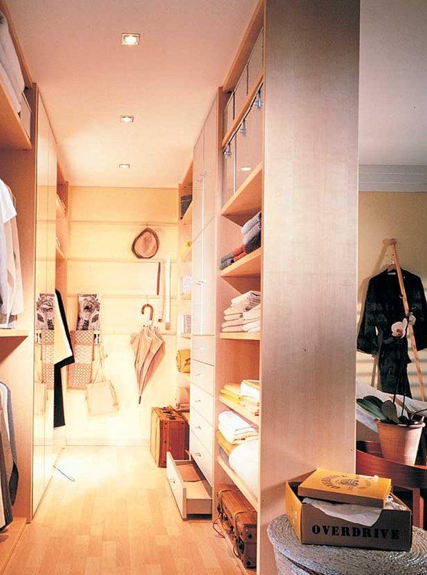 Cabina armadio fai da te come realizzarla spostando solo - Porta cabina armadio fai da te ...