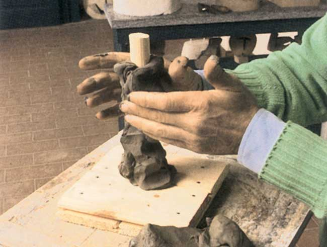lavorare la creta a mano