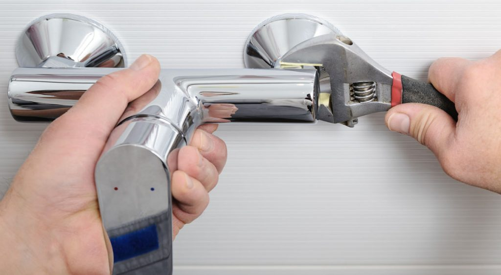 Sostituire I Rubinetti Del Bagno : Come smontare un rubinetto a muro e sostituirlo con uno nuovo