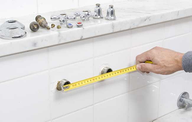 Come smontare un rubinetto a muro e sostituirlo con uno nuovo for Gruppo bullone muro