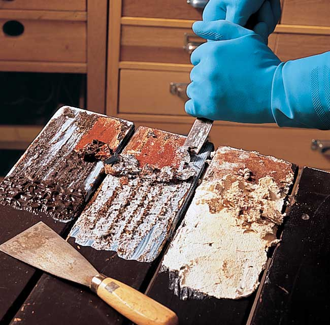 sverniciare il legno con soda caustica