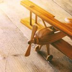 Come costruire un aereo di legno?