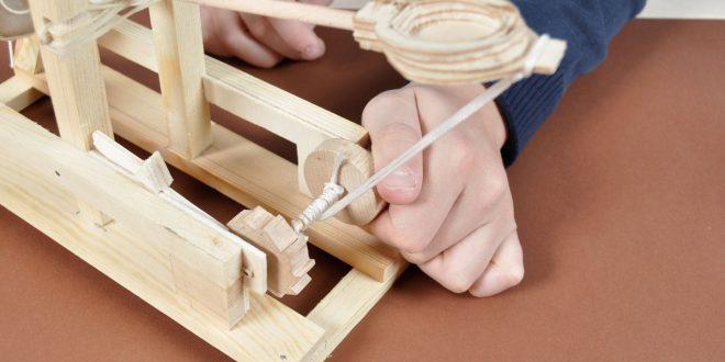 Come costruire una catapulta panoramica dettagliata for Costruire una tettoia fai da te