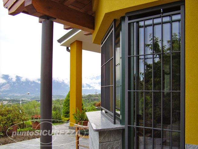 Inferriate di sicurezza per finestre caratteristiche modelli e acquisto - Modelli di grate per finestre ...