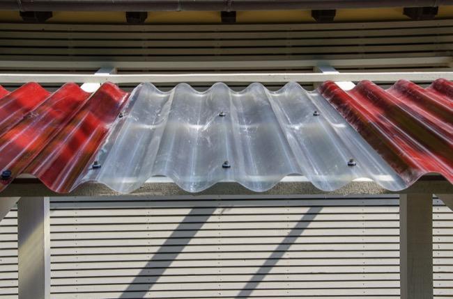 Come installare le lastre in vetroresina ondulate elyplast for Vetroresina ondulata prezzo