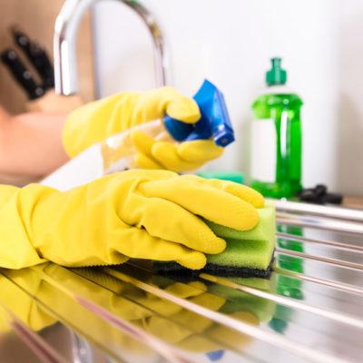 Come pulire l'acciaio inox e renderlo lucido | Trucchi per risultato perfetto