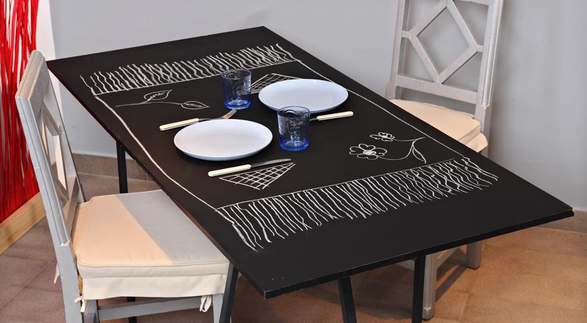 Pittura effetto lavagna | Realizzare un tavolo fai da te originale