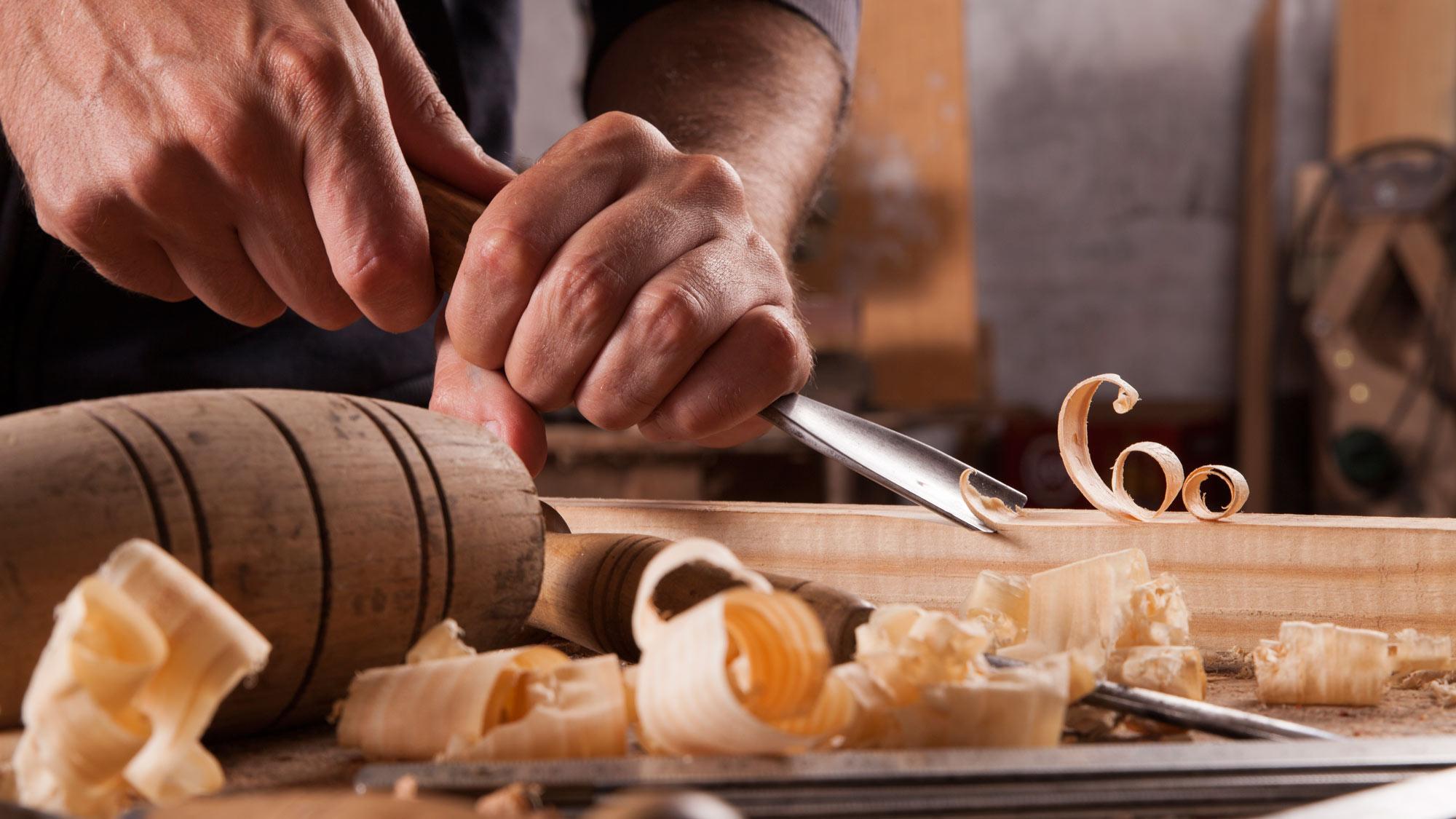 Intaglio legno | La tecnica spiegata passo passo