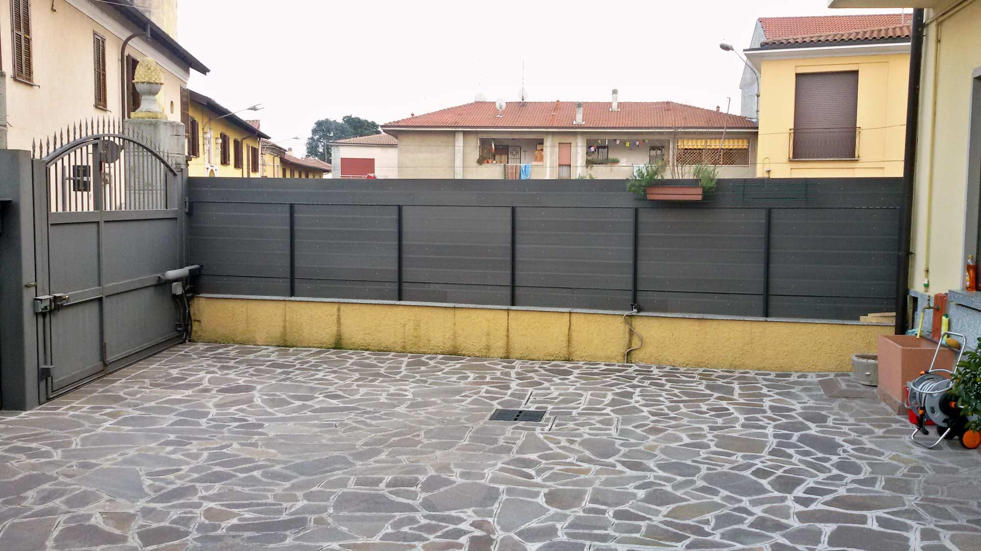 Doghe in PVC per la recinzione di casa | Montaggio illustrato passo-passo