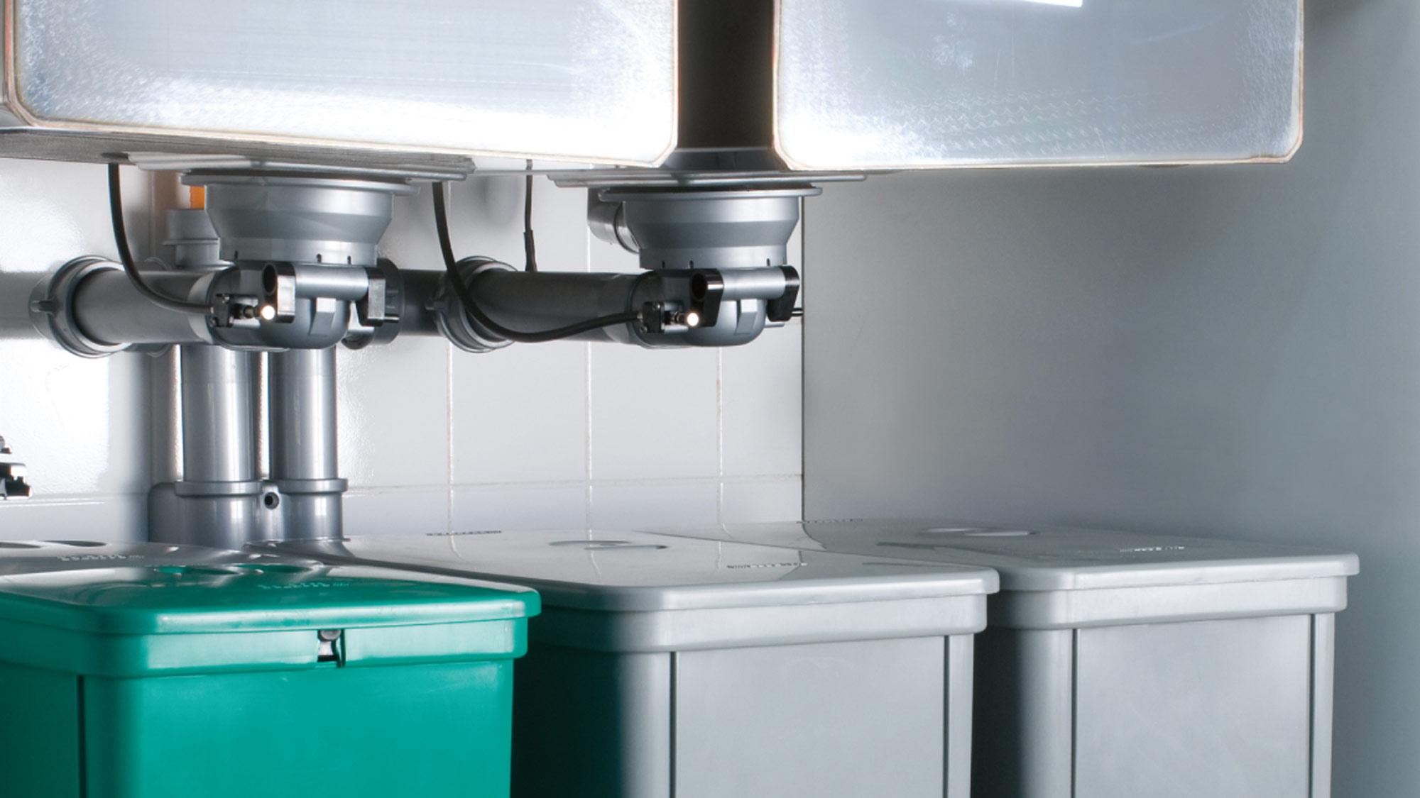 Sifoni salvaspazio sotto il lavabo e il lavello | Prodotti Lira