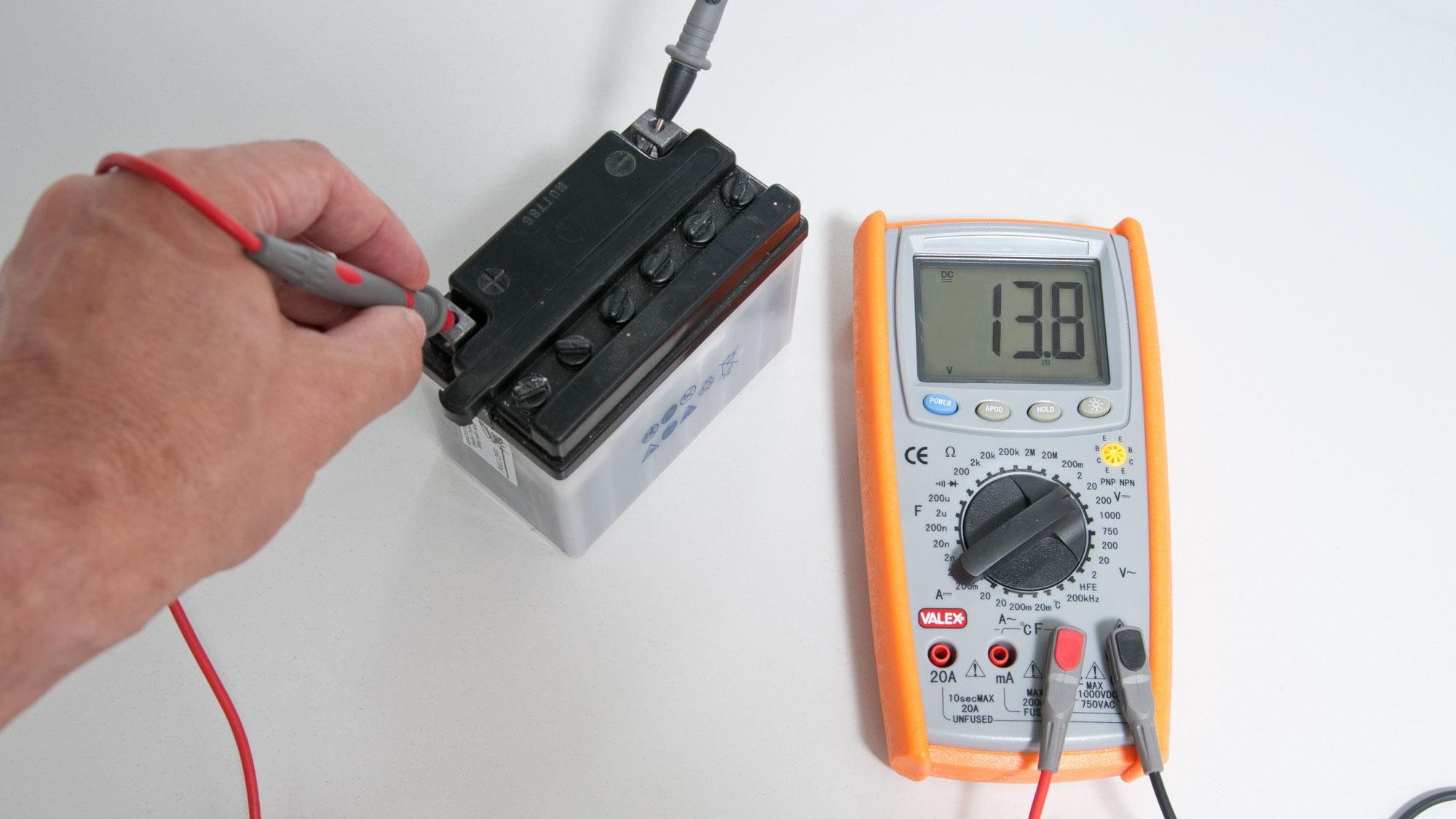 Come usare il tester elettrico | Analogico e digitale