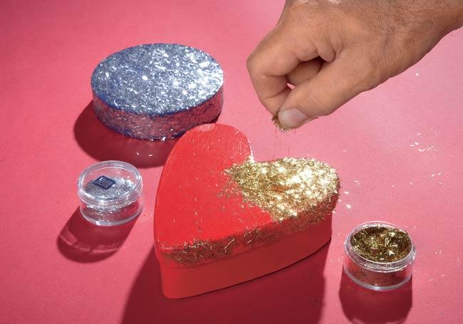 decorazione con glitter