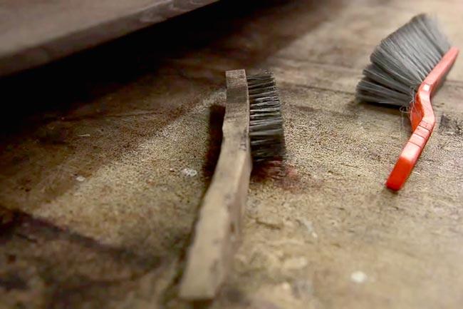 raschiare il legno