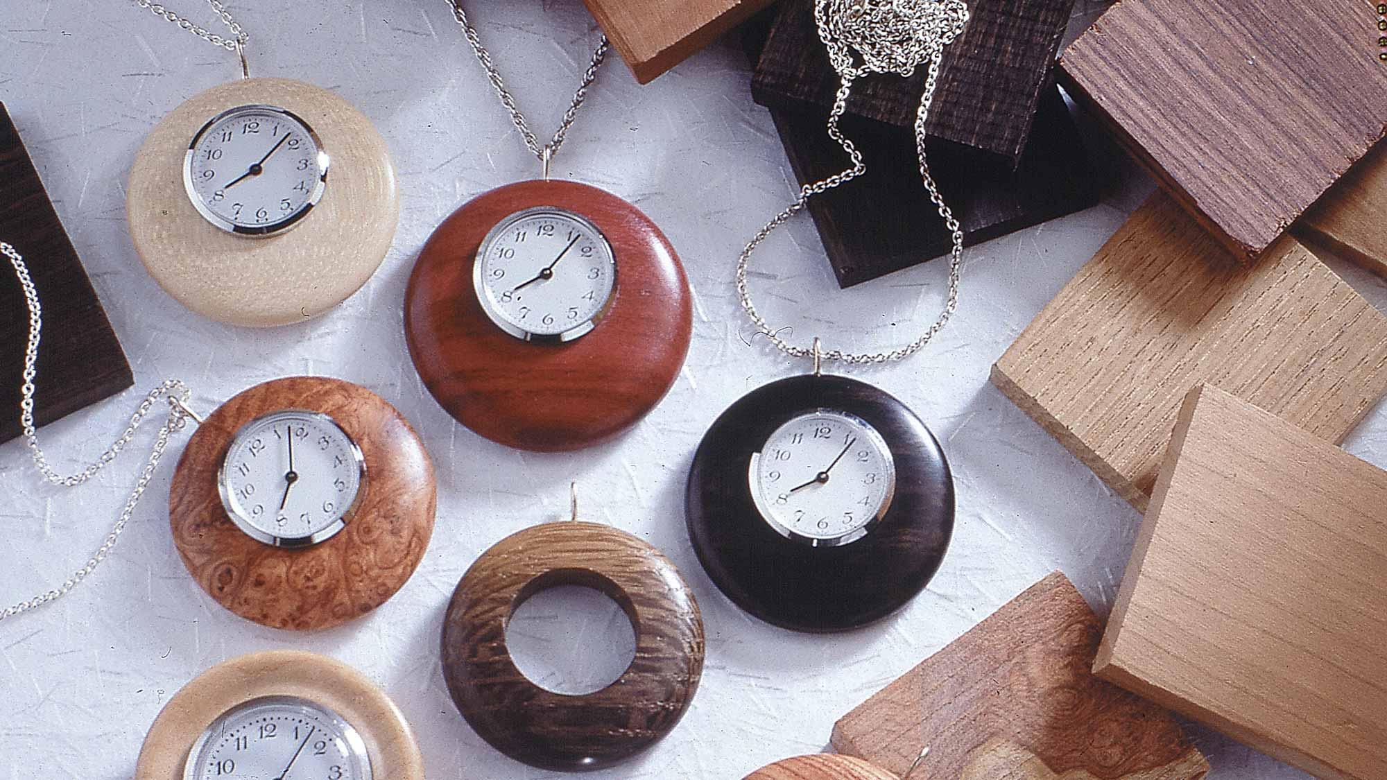 Orologio in legno fai da te | Realizzazione al tornio
