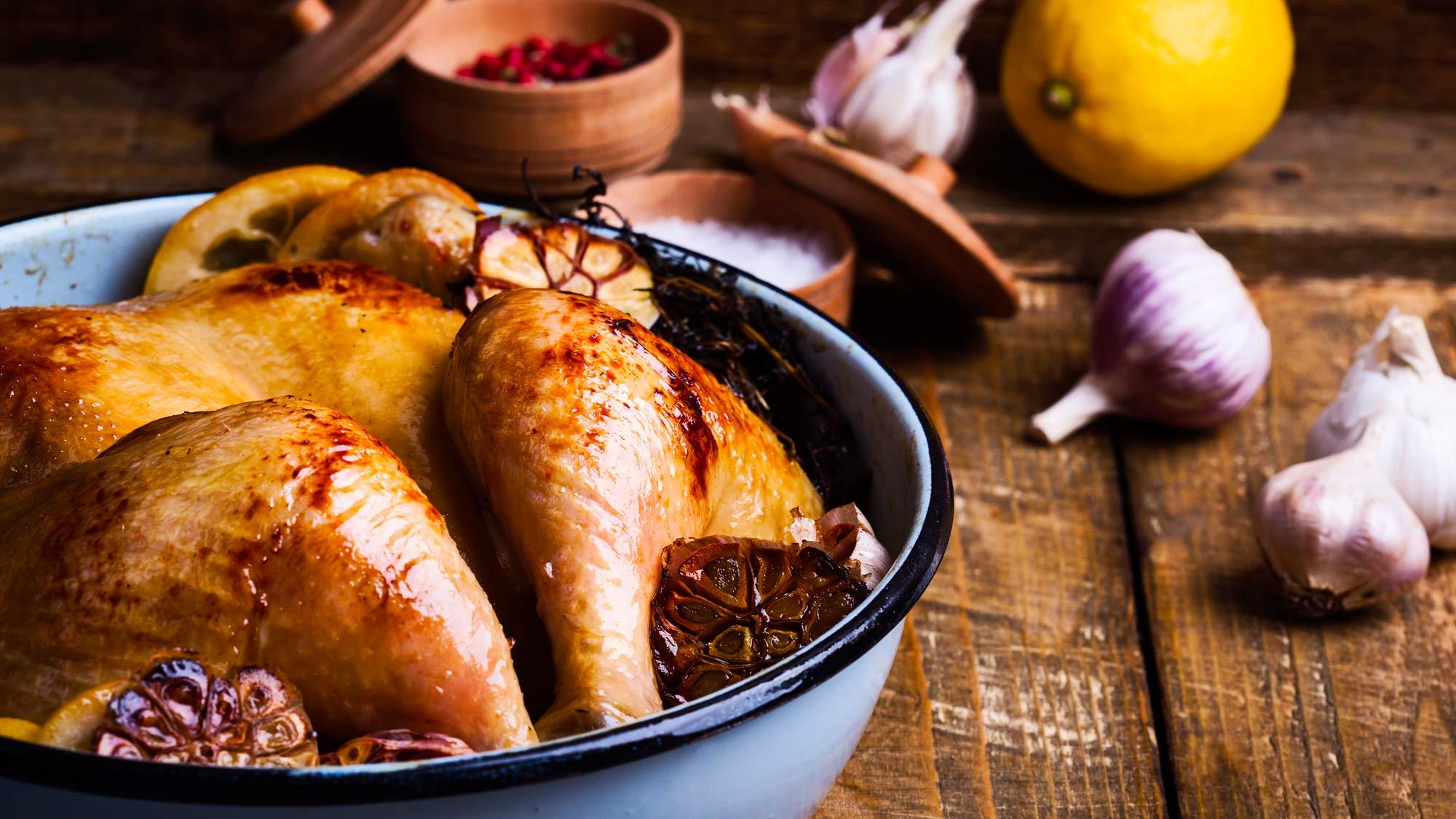 Pollo al barbecue con aglio e limone | Ricetta Weber