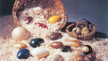 uova di legno