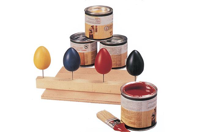 uova di legno colorate