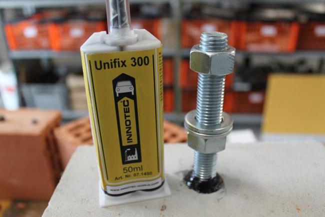 tassello chimico unifix