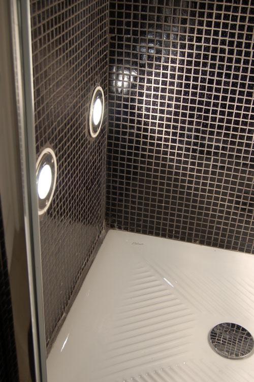 Realizziamo un bagno turco in casa bricoportale fai da te e bricolage - Illuminazione bagno con faretti ...