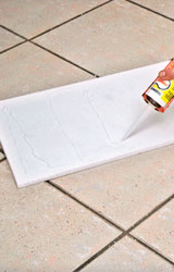 Isolare con il polistirolo per eliminare la muffa sulle pareti - Come togliere la muffa dalle pareti di casa ...