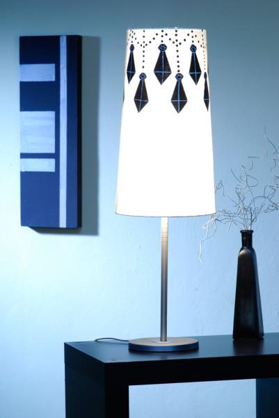 Ikea Hacker: il paralume decorato con stencil