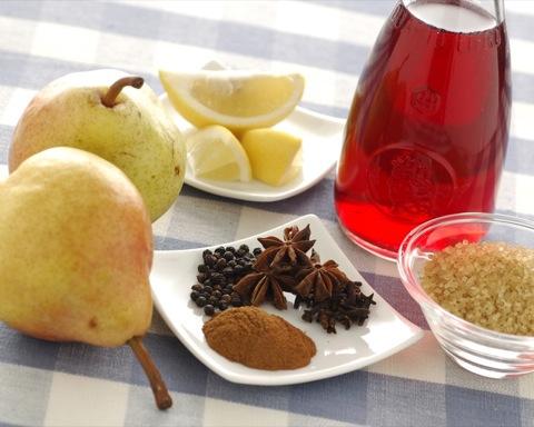 ingredienti pere al vino rosso