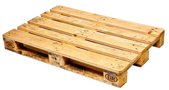 Costruire un tavolino con i bancali bricoportale fai da - Tavolo con pedane ...