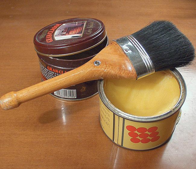 Finitura a cera e finitura a olio bricoportale fai da - Cera d api per legno esterno ...