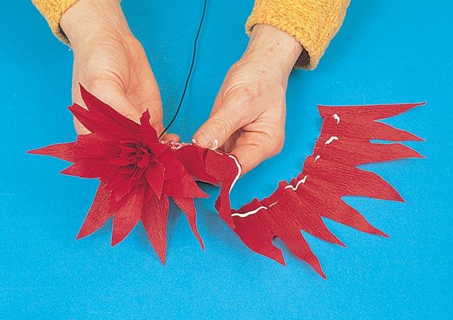 creare un fiore di carta