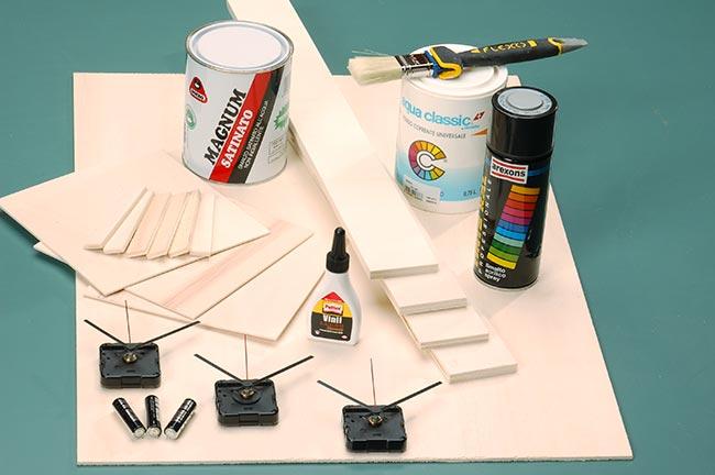 materiale per costruire un orologio